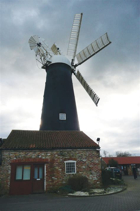 Keeping the wind in the sails of Waltham Windmill