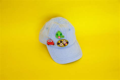 A DIY Hat for Your #DisneyPlayDays Patches | Disney Family
