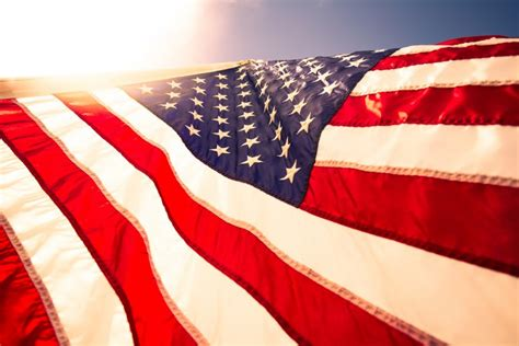 Seven Powerful Patriotic Quotes to Share with Your Family