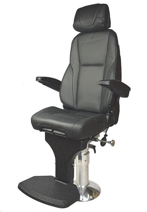 K4 Helm Pilot chair Leather - Great prices from stocks
