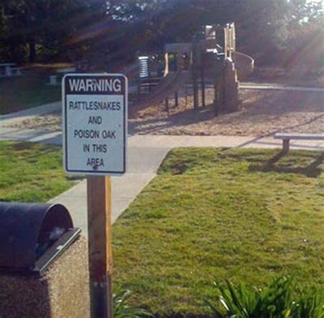 Weird Signs That Could Seriously Use An Explanation