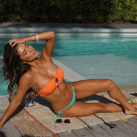 UFC: Arianny Celeste leaves little to imagination in a