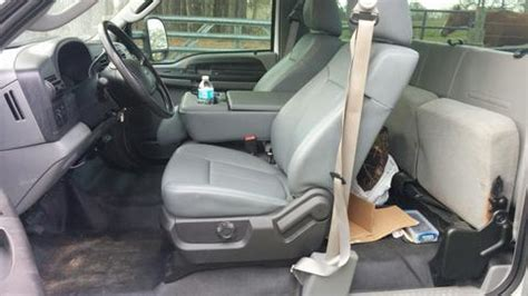 Ford Bench Seat Replacement | 1999 - 2010 Super Duty with