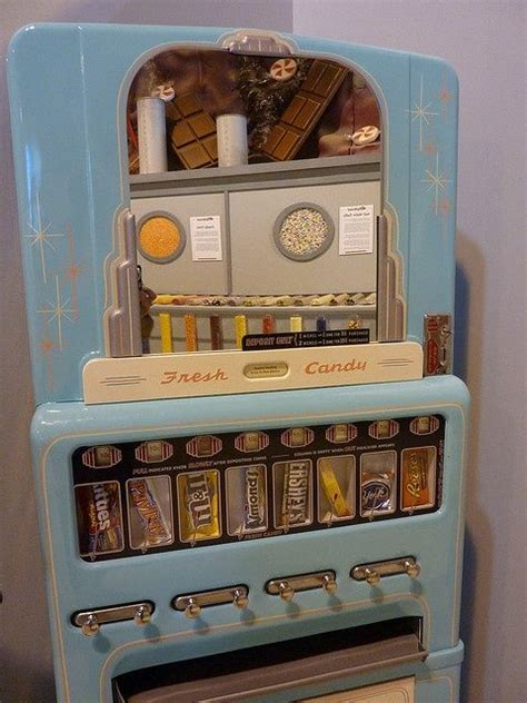 Old Candy Vending Machine | Vintage candy, Vending machine