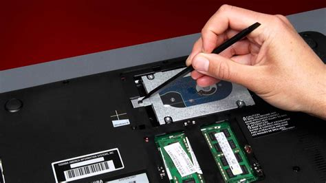 Toshiba How-To: Replacing your Hard Disk Drive on a