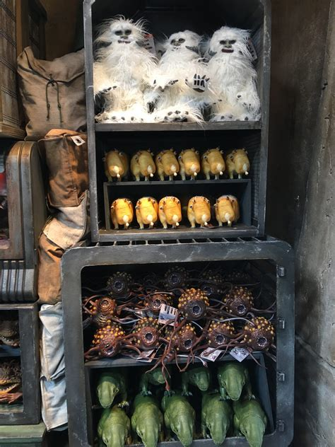 Star Wars: Galaxy's Edge Merch, Toys, and Clothing Images