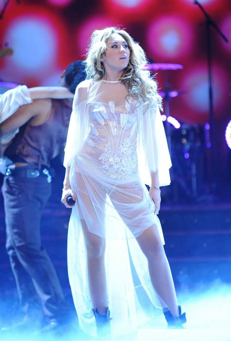 Miley Cyrus Hot and Bikini Images Sexy Photos Download