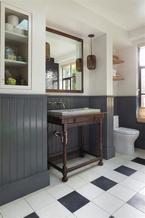 20 Beautiful Wainscoting Ideas For Your Home | Eclectic