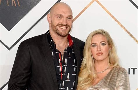 Boxer Tyson Fury gifts wife Paris a lollipop every